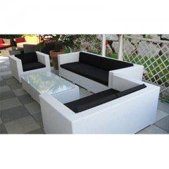 Lounge set made of rattan with aluminium frame