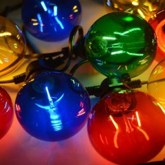 LED coloured party light chain