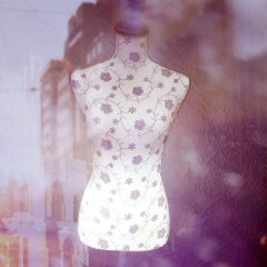 Dress form mannequin with LED